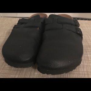 Women's Birkenstock's clogs size 6
